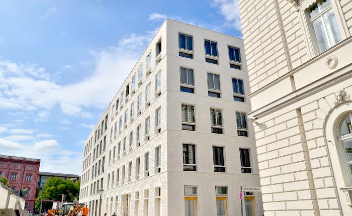 schinkelplatz_beton_1