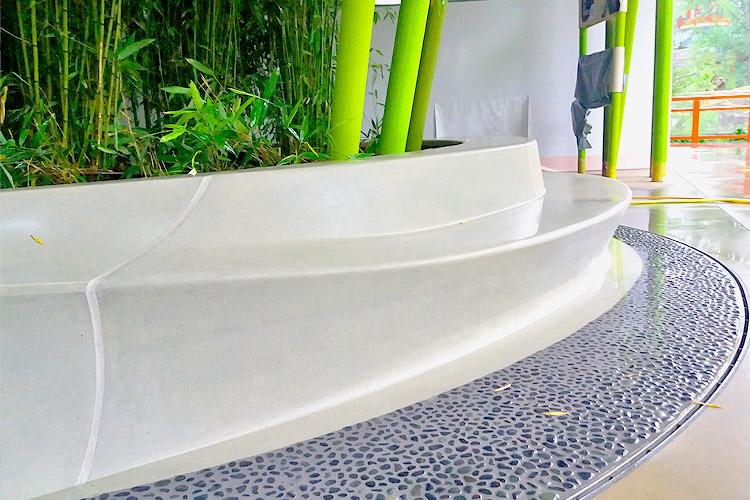exklusive runde betonfertigteile f r die neue panda anlage. Black Bedroom Furniture Sets. Home Design Ideas